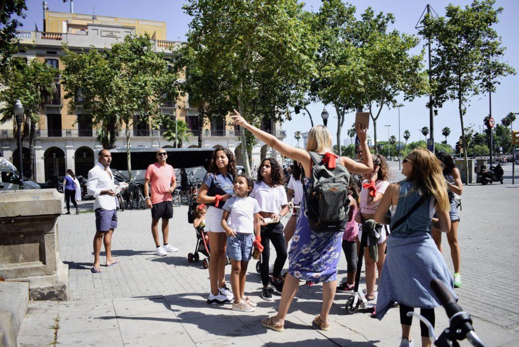 Xventura_children_in_Barcelona_3A