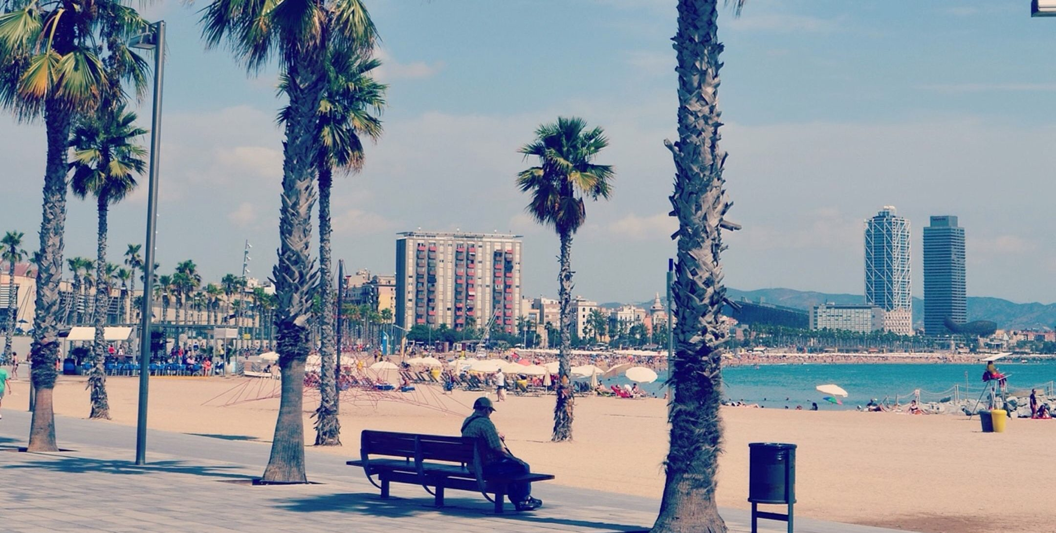 Xventura Barcelona Treasure hunts - Beach barcelona