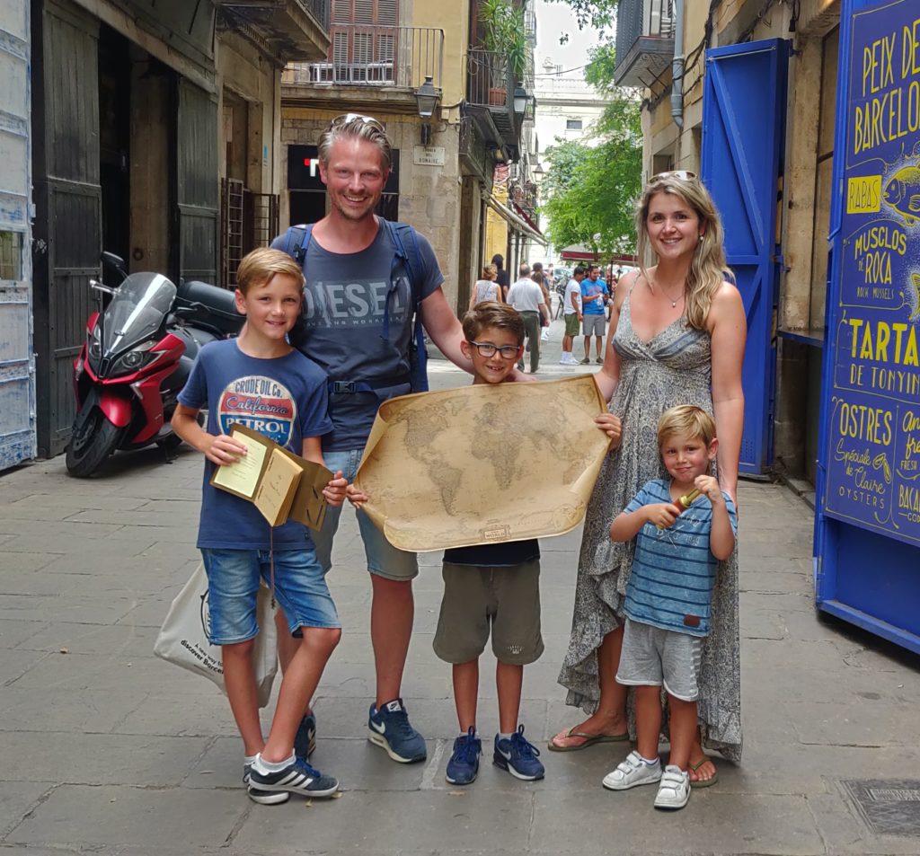 Treasure hunt with kids in Barcelona
